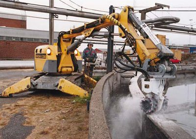 Brokk330_ER100_construction_demolition_robots_demolition_machines__2_