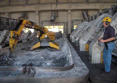 Brokk330_process_demolition_robots_demolition_machines__4_